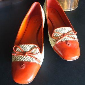 Tory Burch Flats (Orange and Beige)